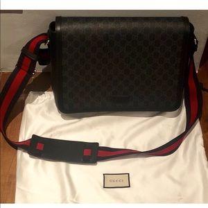 e921a3e0476f38 Gucci Bags   Gg Supreme Flap Messenger Bag   Poshmark